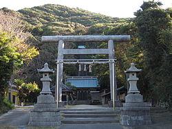 250px-洲崎神社_(館山市)_大鳥居[1]